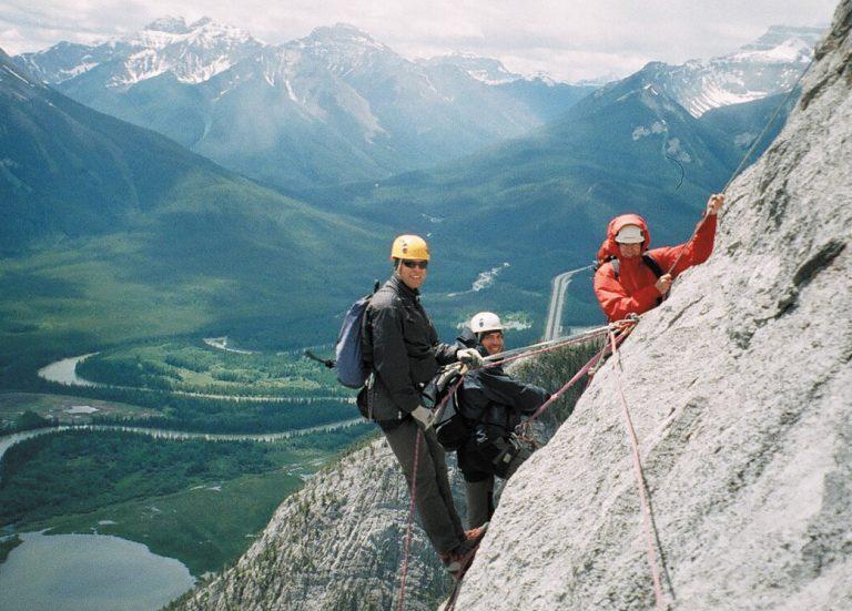 alpine-climbing-adventure-guided-tour-banff