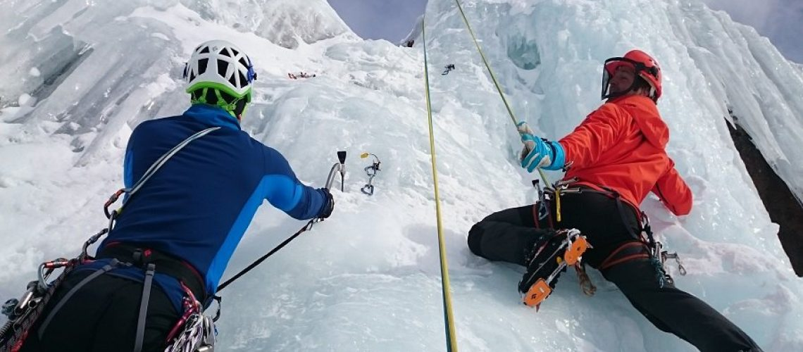 ice-climbing-banff